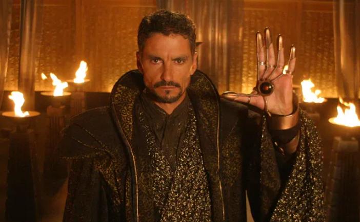 Cliff Simon as Ba'al in 'Stargate SG-1'