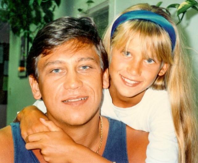 Anna Kournikova with her father, Sergei Kournikovac