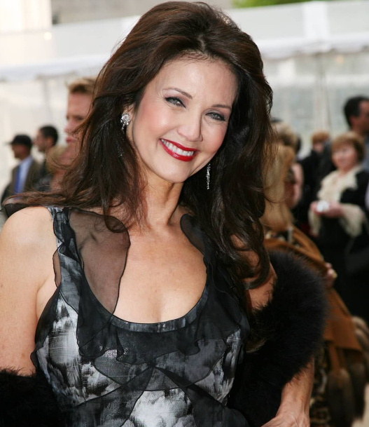 Lynda Carter, a famous actress, singer, songwriter, model, and beauty pageant