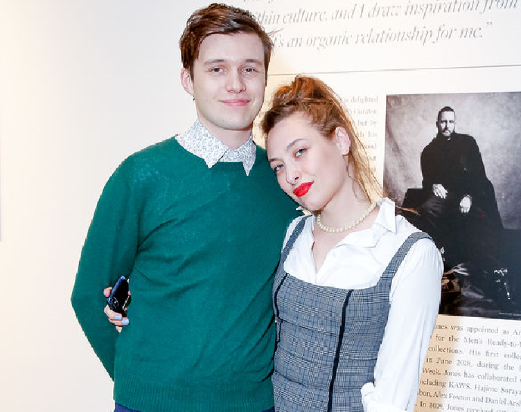 Nick Robinson and his girlfriend, Samantha Urbani