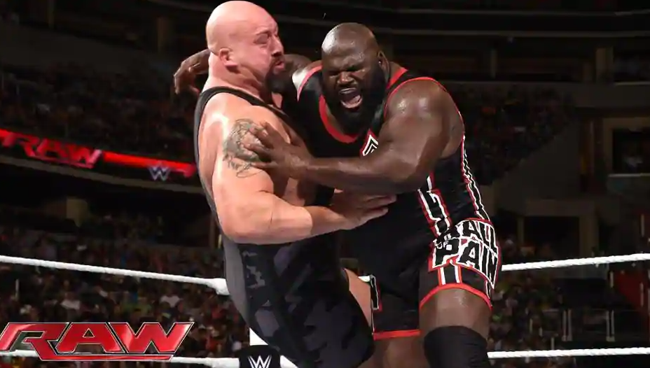 Mark Henry Fighting Against Big Show