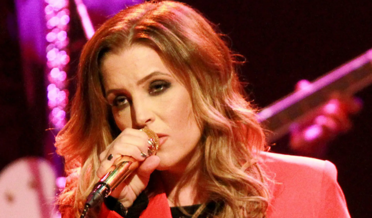 Lisa Marie Presley Singing