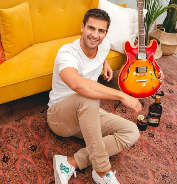 Maxi Iglesias, one of the stars in the Univision Spanish show Mira Quien Baila