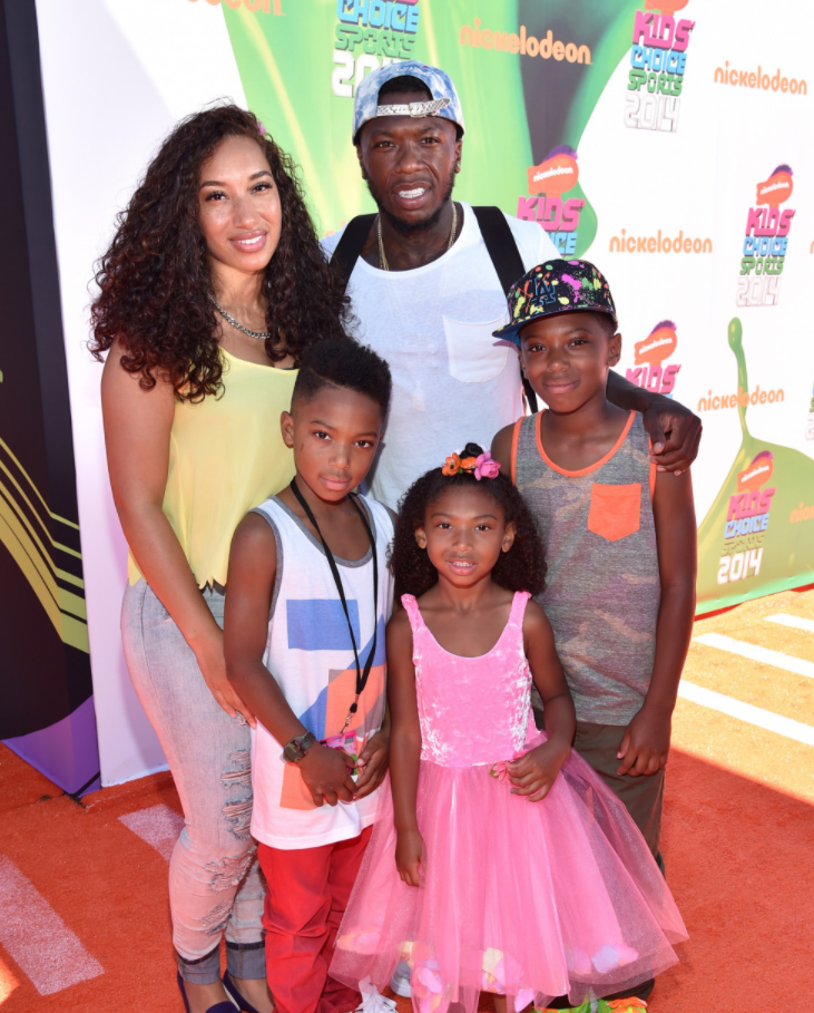 Nate Robinson with his girlfriend and their kids