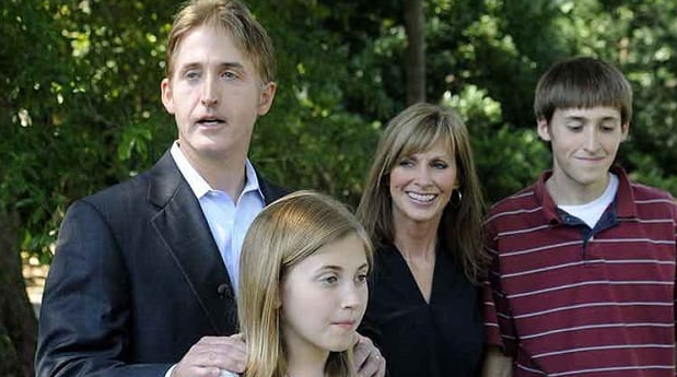 Trey Gowdy with his Wife and Children