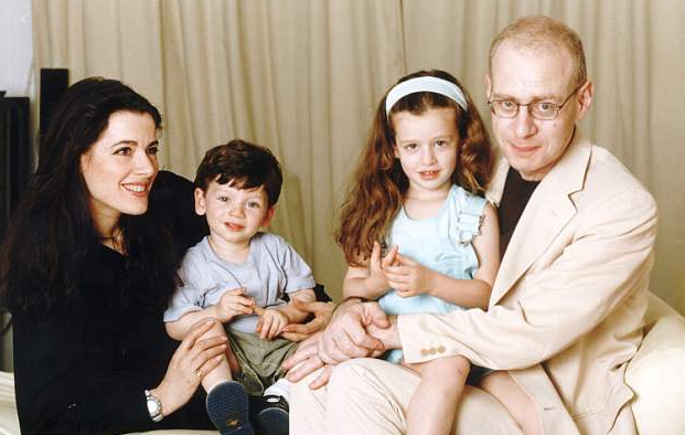 Nigella Lawson with her husband, John Diamond and their kids