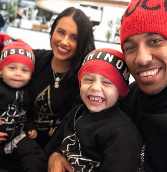 Pierre-Emerick Aubameyang with his girlfriend and their kids