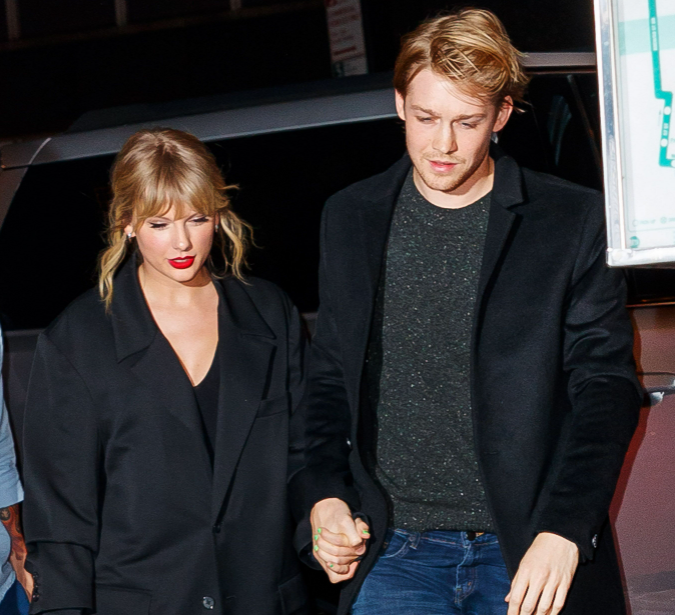 Joe Alwyn spotted with his girlfriend, Taylor Swift