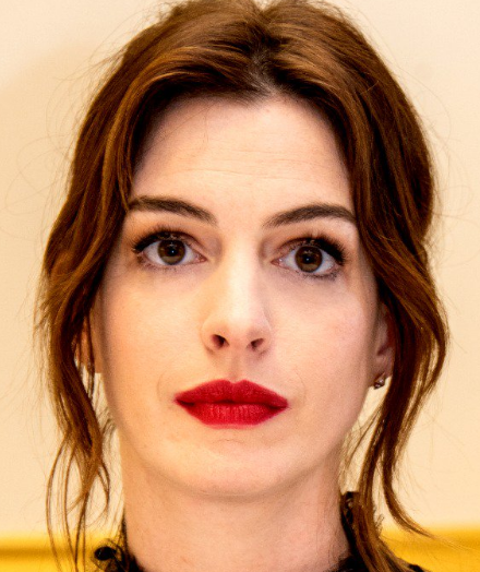 Anne Hathaway Biography - Birthday, Wiki, Age, Facts, Net ...