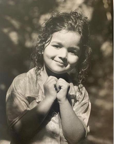 Smiling Alia Bhatt Childhood Picture