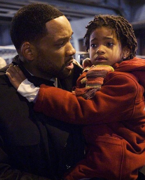 Willow Smith with her dad in the film 'I am Legend'