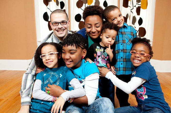 Shaun King with his wife and kids