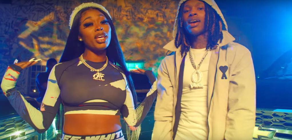 King Von and Asian Da Brat in the music video of 'Pull Up'