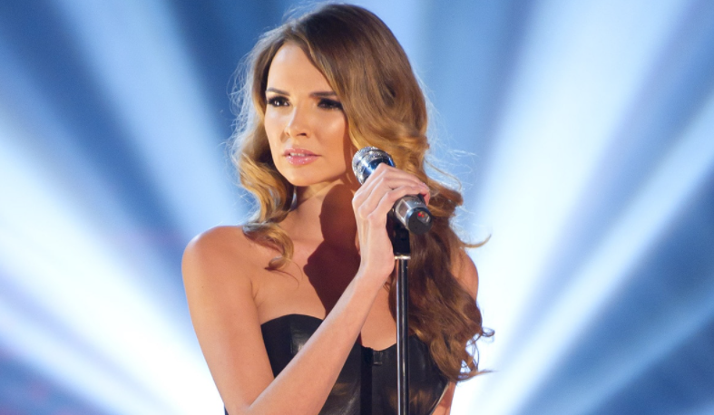 Nadine Coyle, a famous singer and actress