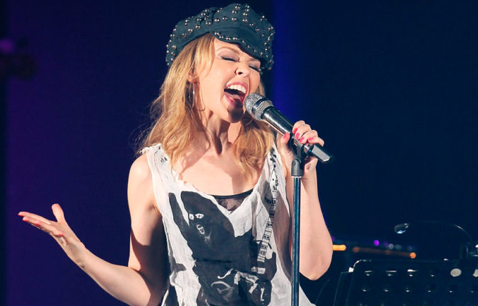 Kylie Minogue Singing