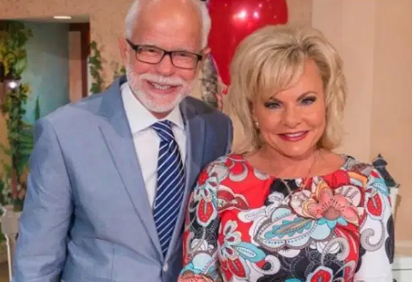 Jim Bakker With His Wife, Beth Graham