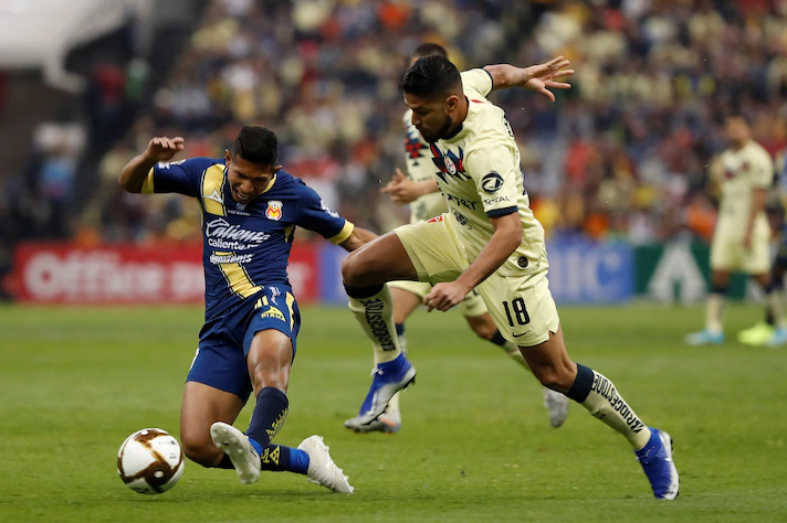 Edison Flores Against The Opponent