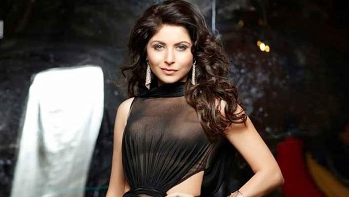 Singer Kanika Kapoor Tested Positive For Coronavirus