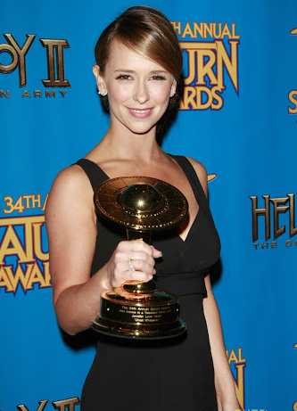 The Ghost Whisperer Actress, With An Award