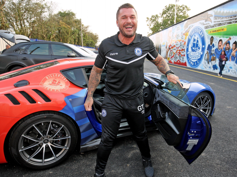 Glenn Tamplin With His Amazing Car