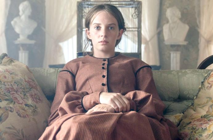 Maya Hawke in the Netflix movie Little Women