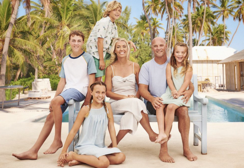 Bryan Baeumler with his wife, Sarah Baeumler and their four kids