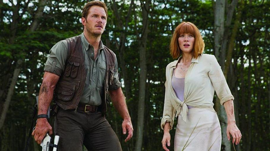 Bryce Dallas Howard with Chris Pratt in Jurassic World