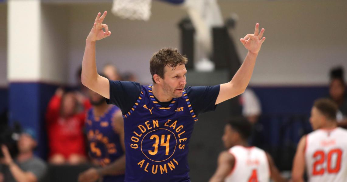 The Golden Eagles team of Marquette alumni win The Basketball Tournament championship; Travis Diener
