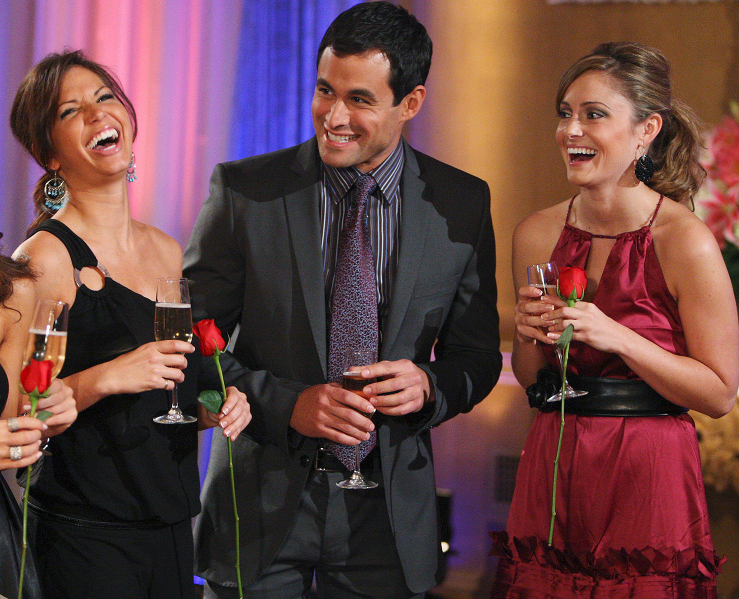 Melissa Rycroft (Left), Jason Mesnick (Middle) and Molly Mesnick (Right)