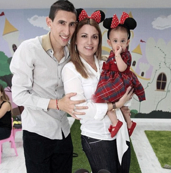 Angel Di Maria with his wife Jorgelina Cardoso and their daughter Mia