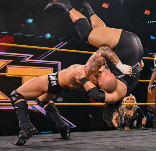 Karrion Kross vs Bronson Reed