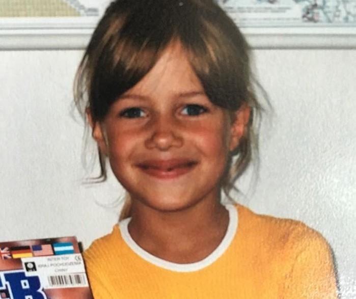 Nicole Poturalski young