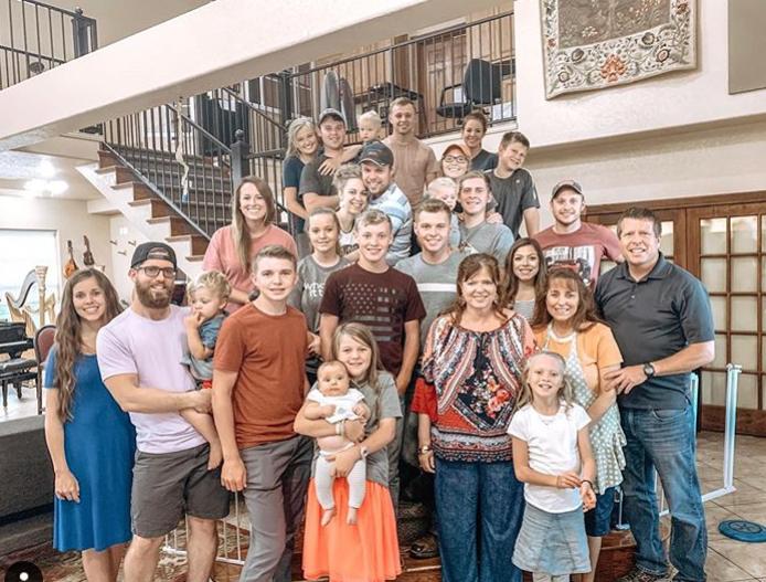 Joy-Anna Duggar's Family