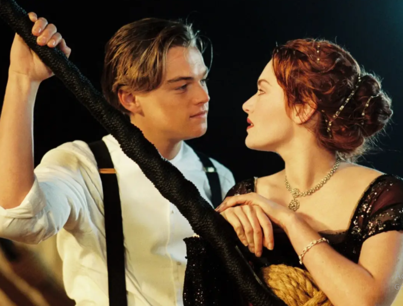 Kate Winslet with Leonardo DiCaprio in the movie Titanic