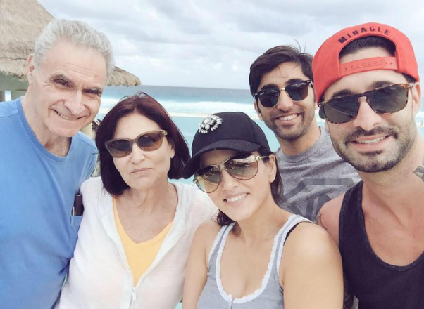 Daniel Weber with his dad Tommy Weber, mom Tzipora Weber, wife Sunny Leone and sibling