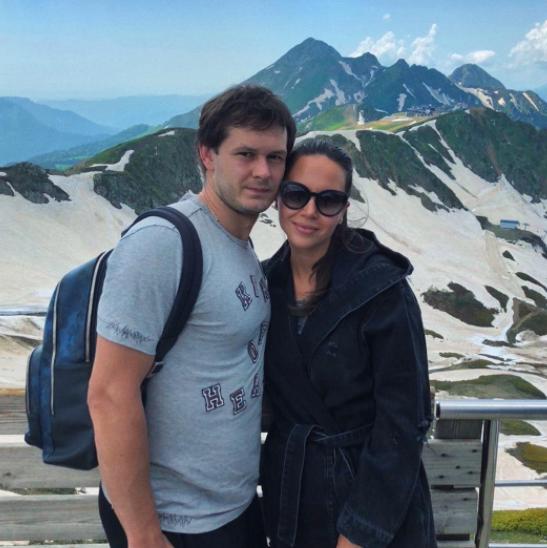 Evgenii Dadonov with his wife, Anna