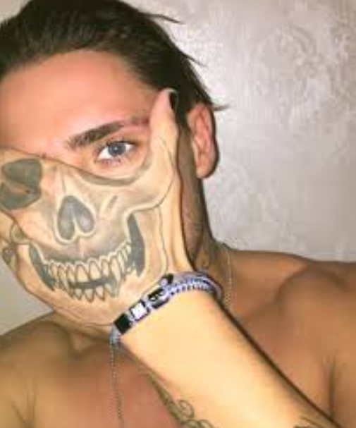 Stephen Bear's Hand Tattoo