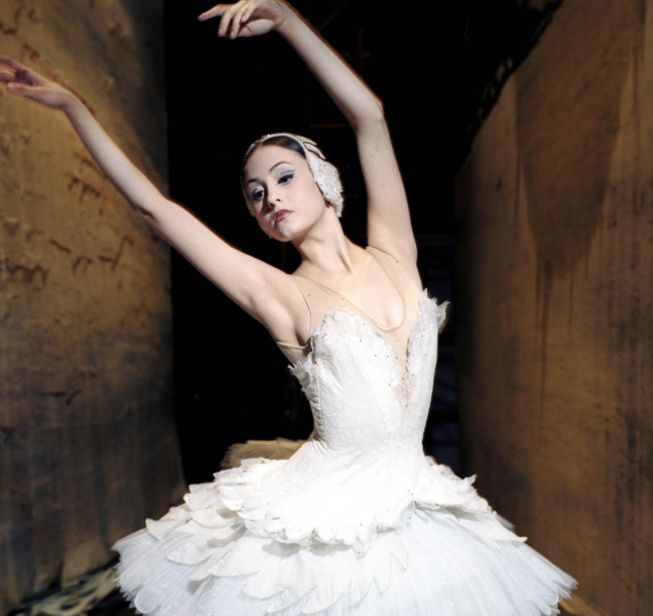 Melanie Hamrick, a famous ballet dancer