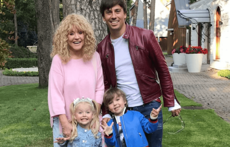 Alla Pugacheva with her husband, Maxim Galkin and their kids