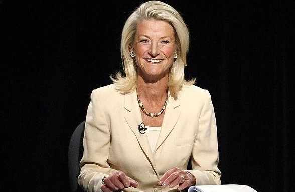 Jean Enersen, the first and longest-standing local female anchor in the country for 42 years