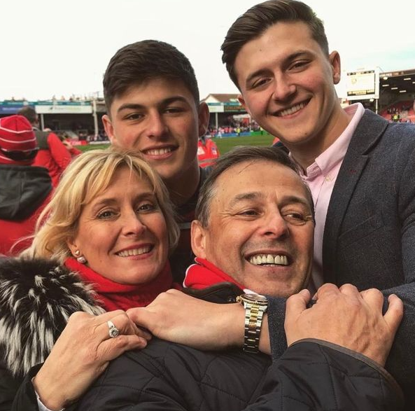Louis Rees-Zammit with his family members