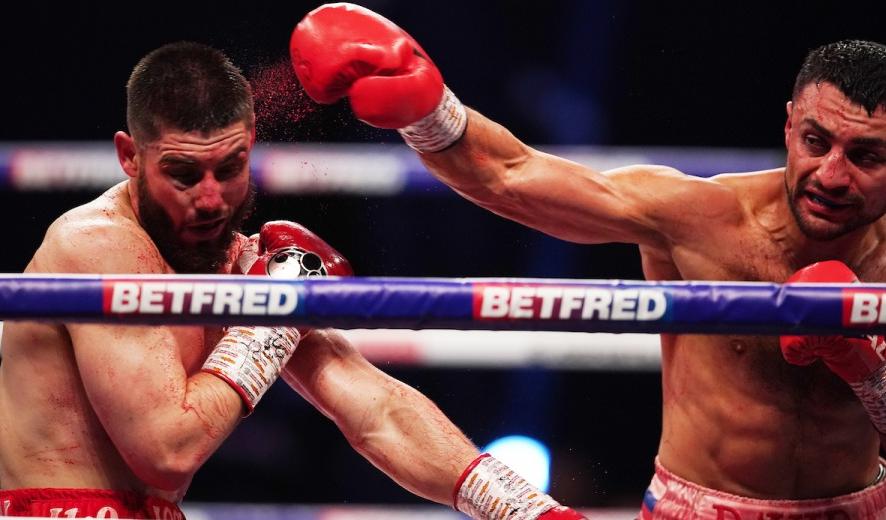 David Avanesyan punching Josh Kelly