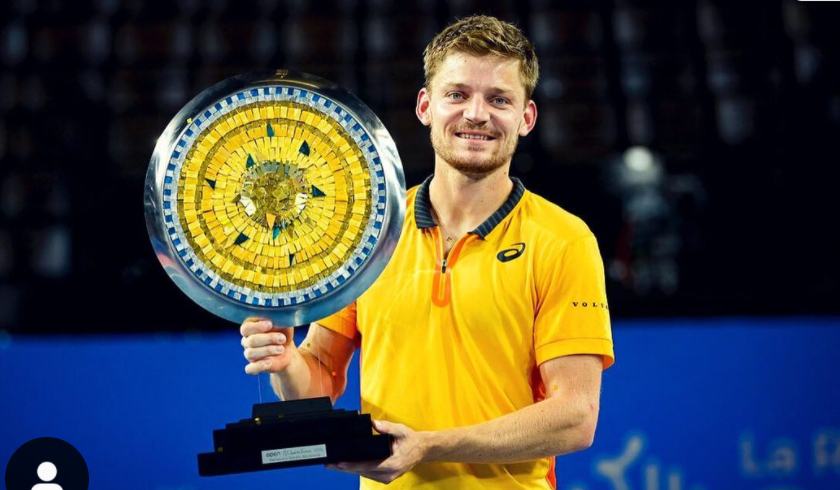 David Goffin Lifting the trophy in Montpellier