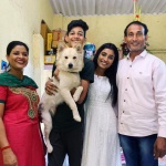 Manya Singh with her father, mother and brother