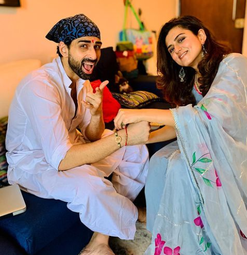 Ridhi Dogra with her brother, Akshya