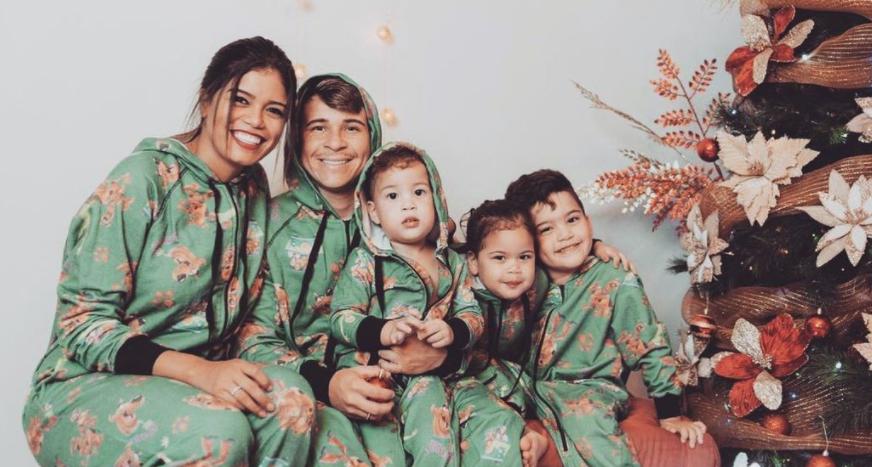 Yeferson Soteldo with his wife, Elianny Jimenez and their kids