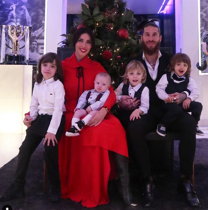Pilar Rubio with her husband, Sergio Ramos and their four kids