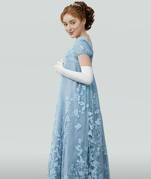 Phoebe Dynevor as Daphne Bridgerton in 'Bridgerton'