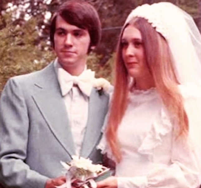 Wedding Picture of Janet and Mike Back To 41 Years Ago