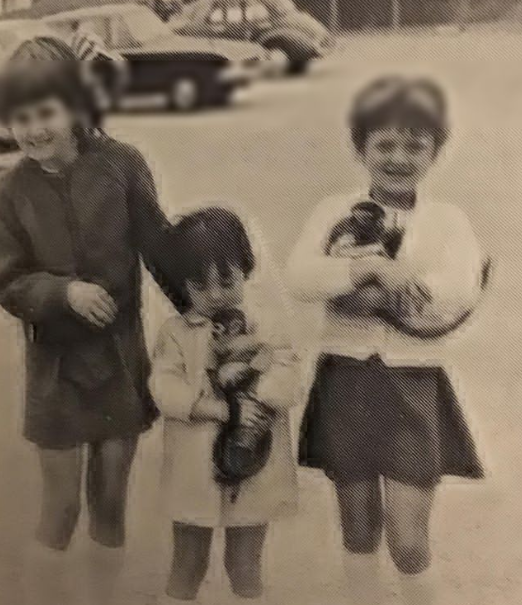 Linda Nolan with her siblings with baby monkey